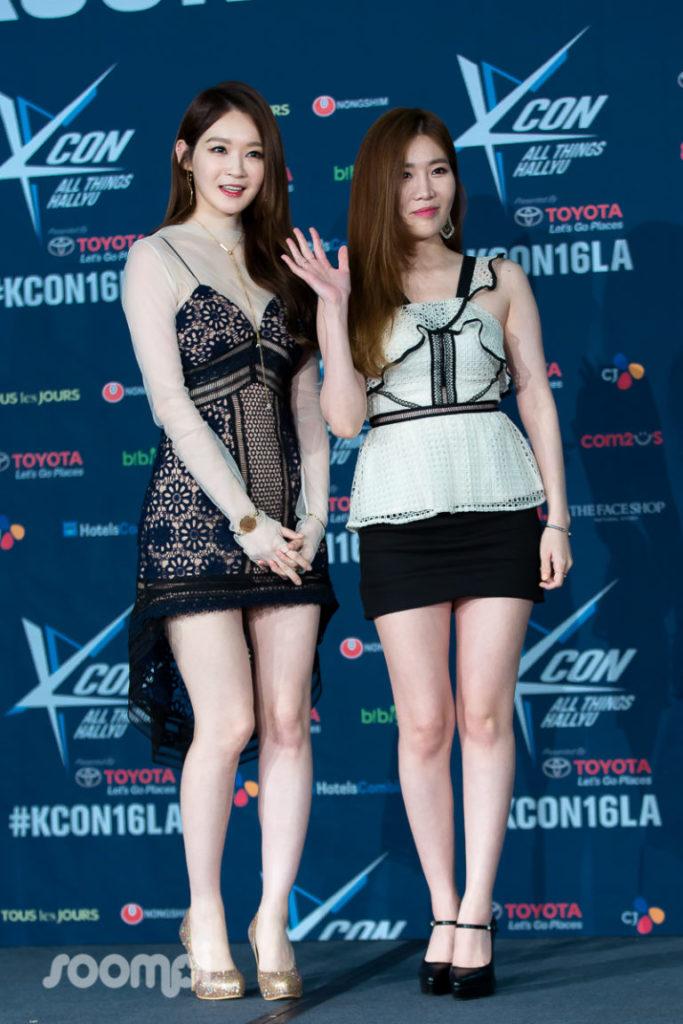 Soompi_KCONLA16_Davichi_1-768x1152
