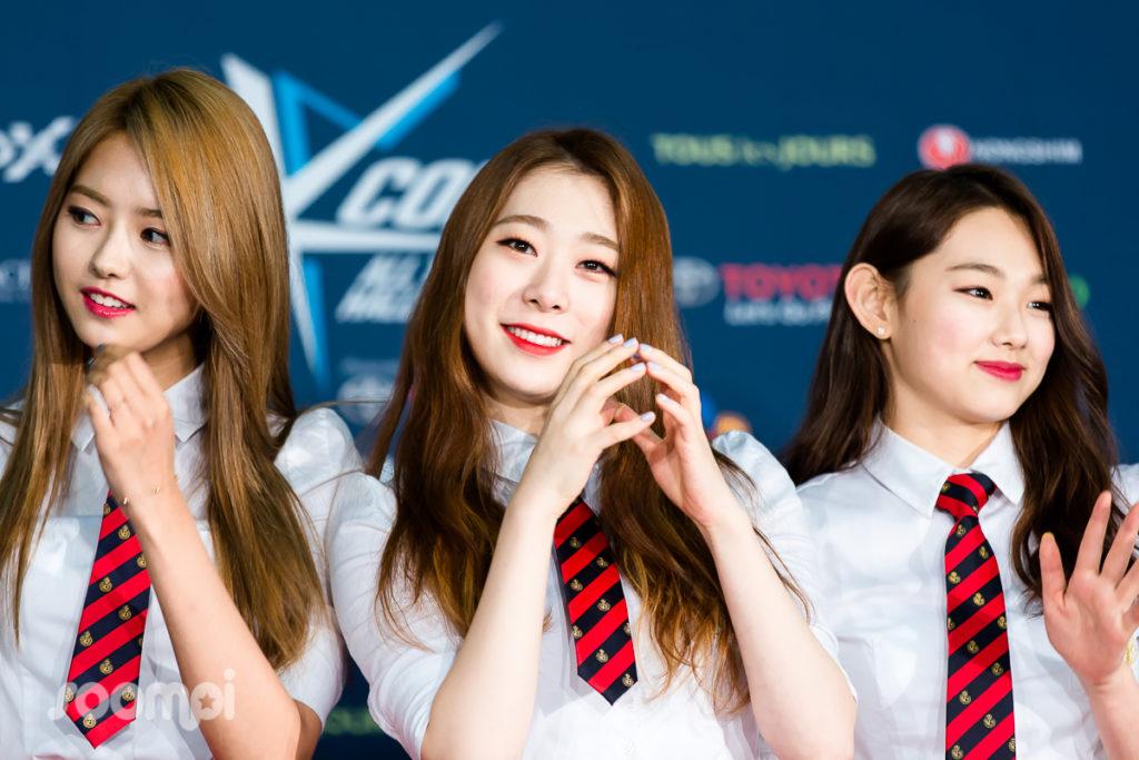 Soompi_KCONLA16_IOI_3