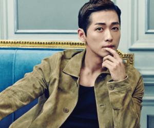nam-goong-min-sure-magazine-january-2016-photos