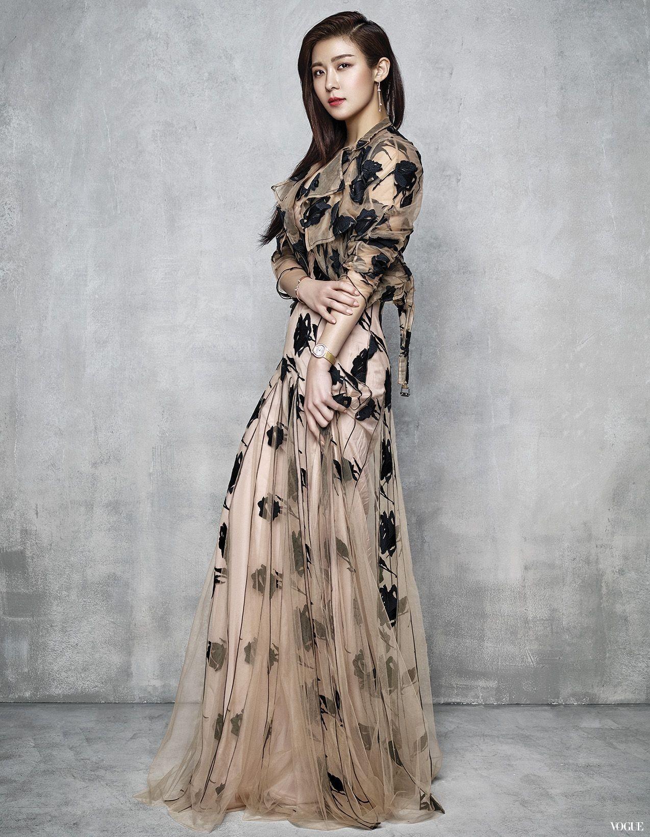 южнокорейские актрисы платье фото очень нравится